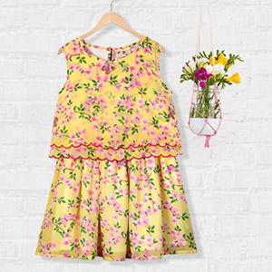 Delighting dresses & more
