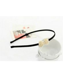 Flaunt Chic Pearl Bow Hair Band - Gold