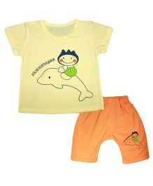 Kiwi Short Sleeves T-Shirt And Diaper Leggings Fish Print - Light Yellow Orange