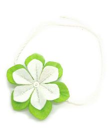 Mi Dulce An'ya Flower Rakhi - Green and White