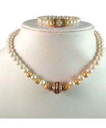 Tiny Closet Pearl Necklace & Bracelet Set - Golden