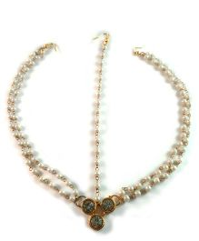 Tiny Closet 3 Stones Maang Tikka With 3 Strands - Golden & White