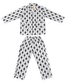 Hugsntugs Stylish Print Night Suit - White