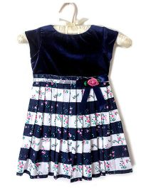 Nitallys Smart Striped Dress - Blue