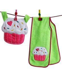 D'chica Set Of 2 Cup Cake Print Burp Cloth & A Bib - Pink & Green