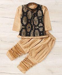 Mukaam Kurta Pajama With Jacket - Gold Black