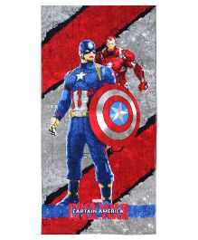 SPACES Marvel Civil Wars Print Kids Cotton Bath Towel - Red