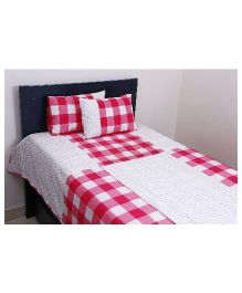 Kids Clan Check Mate Bed Set - Pink And White