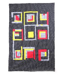 Kids Clan Maze Runner Design Quilt - Black Red Yellow