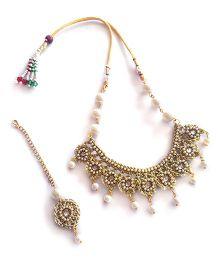 Soulfulsaai Pearl Necklace & Maangtikka Set - Golden