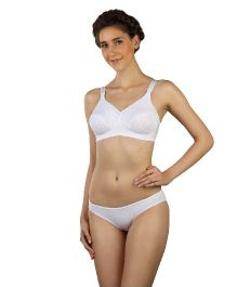 Triumph Lace Full Coverage Maternity Non Wired Bra - White