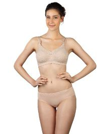 Triumph Lace Full Coverage Maternity Non Wired Bra - Nude Color