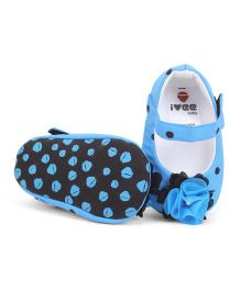 Ivee Baby Anti Skid Soft Sole Booties - Blue