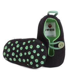 Ivee Baby Anti Skid Soft Sole Booties - Green