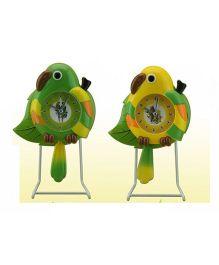 EZ Life Perky Parrot With Pendulum Kids Desk Clock - Green