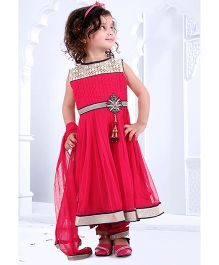 Babyhug Sleeveless Kurta Churidar And Dupatta Set - Pink