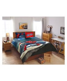 Spaces Marvel Spiderman Printed Double Bedsheet With 2 Pillow Covers - Blue