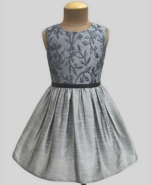 A.T.U.N Urban Daisies Slate Fit & Flare Dress - Silver