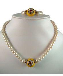 Tiny Closet Kundan Pearl Necklace & Bracelet Set - Yellow