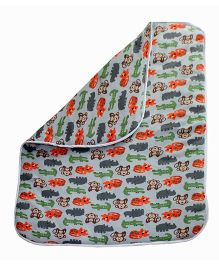 Kadambaby Animal Print Quilted Blanket - Grey