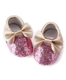 Akinos Kids Booties With Bow Applique - Golden Pink