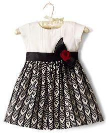 Nitallys Aztec Print Dress - Cream & Black