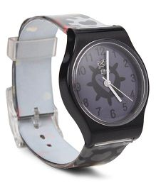 Fantasy World Wrist Watch Heart Print - Black And White