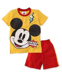 Eteenz Half Sleeves T-Shirt And Shorts Mickey Mouse Print - Yellow & Red