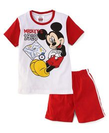 Eteenz Half Sleeves T-Shirt And Shorts Mickey 1928 Print - White & Red