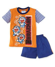 Eteenz Half Sleeves T-Shirt And Shorts Doraemon Print - Orange & Blue
