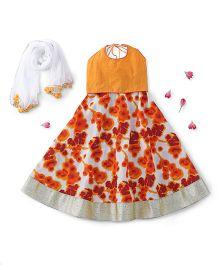 Kids Chakra Sleeveless Choli And Lehenga With Dupatta - Orange White
