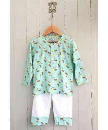 Frangipani Full Sleeves Night Suit Firecracker Print - Green And White