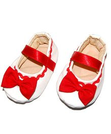 SnugOns Baby Shoes With Bow Applique - White & Red