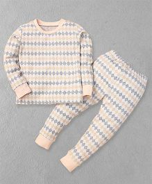 El Hogares Chex Print T-Shirt & Pant - Peach