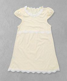 El Hogares Dot Printed Dress - White