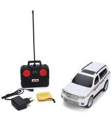 Dash Street Master Remote Control Car - White