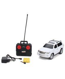 Mitashi Dash Street Master Remote Control Car - White