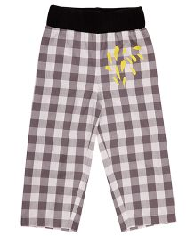 Pranava Checkered Print Unisex Pant - White & Black