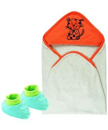 Babyoye Baby Hooded Wrapper And Booties Set  - Multi Colour