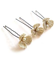 Soulfulsaai Wire Flowers U Pins Set Of 3 - Off White