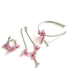 Soulfulsaai Wire Flowers Necklace With Bracelet & Hairband - Pink