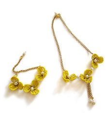 Soulfulsaai Wire Flowers Necklace & Bracelet Set - Yellow