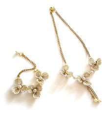 Soulfulsaai Wire Flowers Necklace & Bracelet Set - Off White