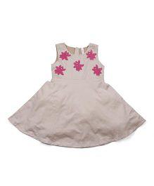Babyoye Sleeveless Dress With Flower Applique - Grey