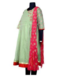 Kriti Ethnic Maternity Three Fourth Sleeves Kurta With Dupatta - Green