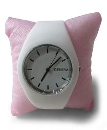 Aakriti Creations Smart & Elegant Analog Watch - White