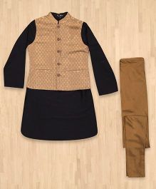 Silverthread Kurta With Jacket & Churidar Set - Black & Gold