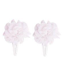 Miss Diva Carnation Flower Tic Tac Set - White