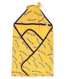 Pinehill Printed Hooded Blanket - Yellow