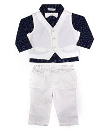ShopperTree Four Piece Party Set - White And Navy